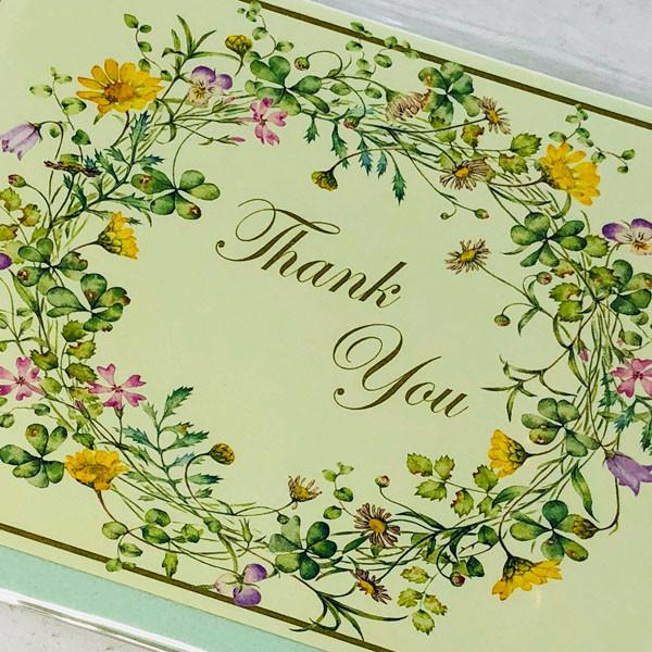 フラワーリースが描かれた感謝、御礼にご利用頂けるカード(おもて表紙アップ)